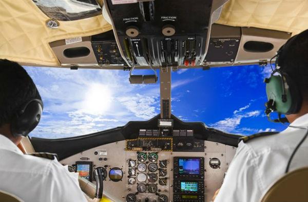 Đặt vé máy bay hãng Vietnam Airlines tại Vinajet