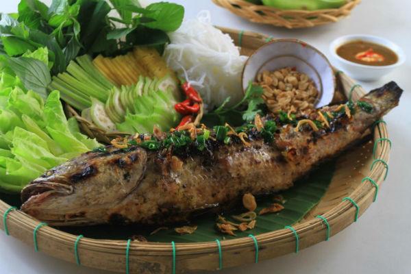 Mua vé máy bay từ Hà Nội đi Cần Thơ - Cá lóc nướng trui