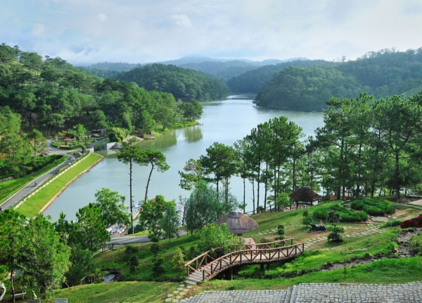 Cùng Vietnam Airlines khai phá cảnh đẹp Đà Lạt