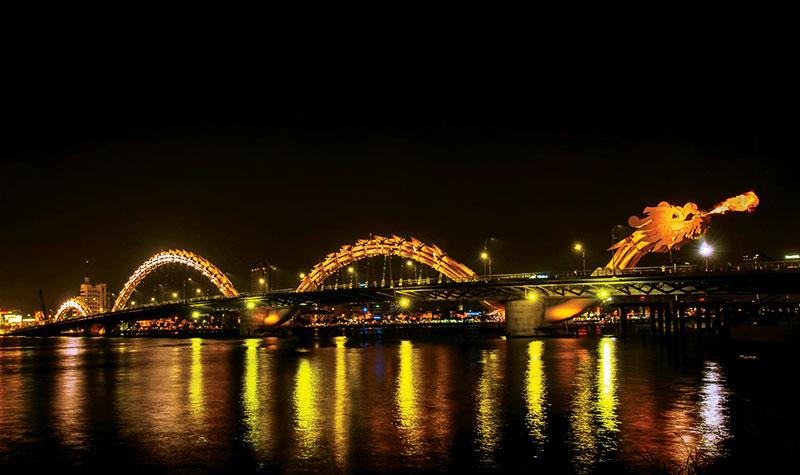Khám phá thành phố biển Đà Nẵng xinh đẹp cùng vé máy bay Vietnam Airlines