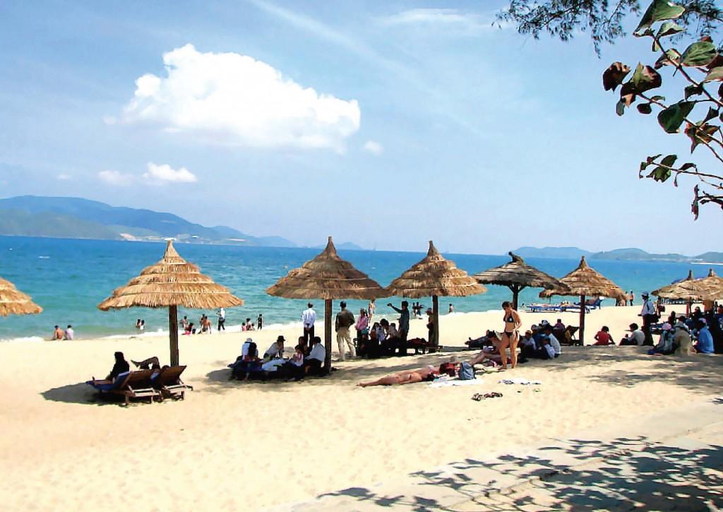 Vé máy bay Vietnam Airlines - Cảnh đẹp Đồng Hới