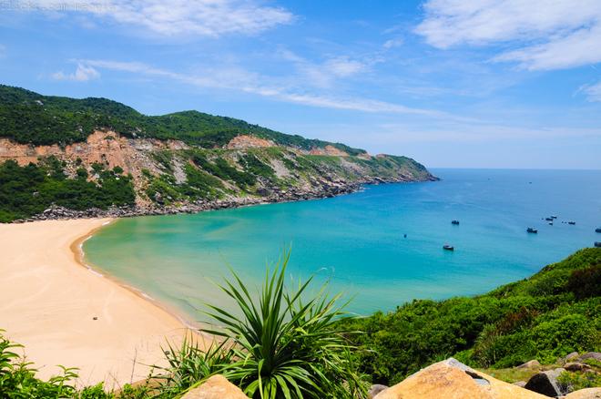 Săn vé máy bay giá rẻ đi Tuy Hòa hãng Vietnam Airlines cập nhật tháng 06/2016