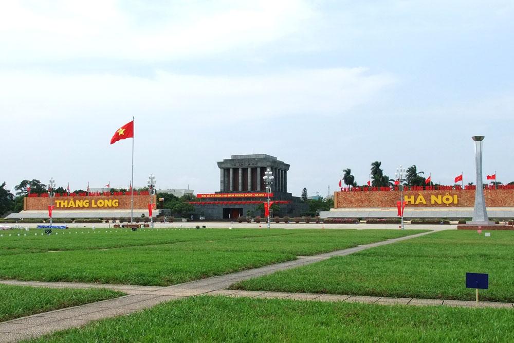 Vé máy bay Vietnam Airlines - Quảng trường Ba Đình