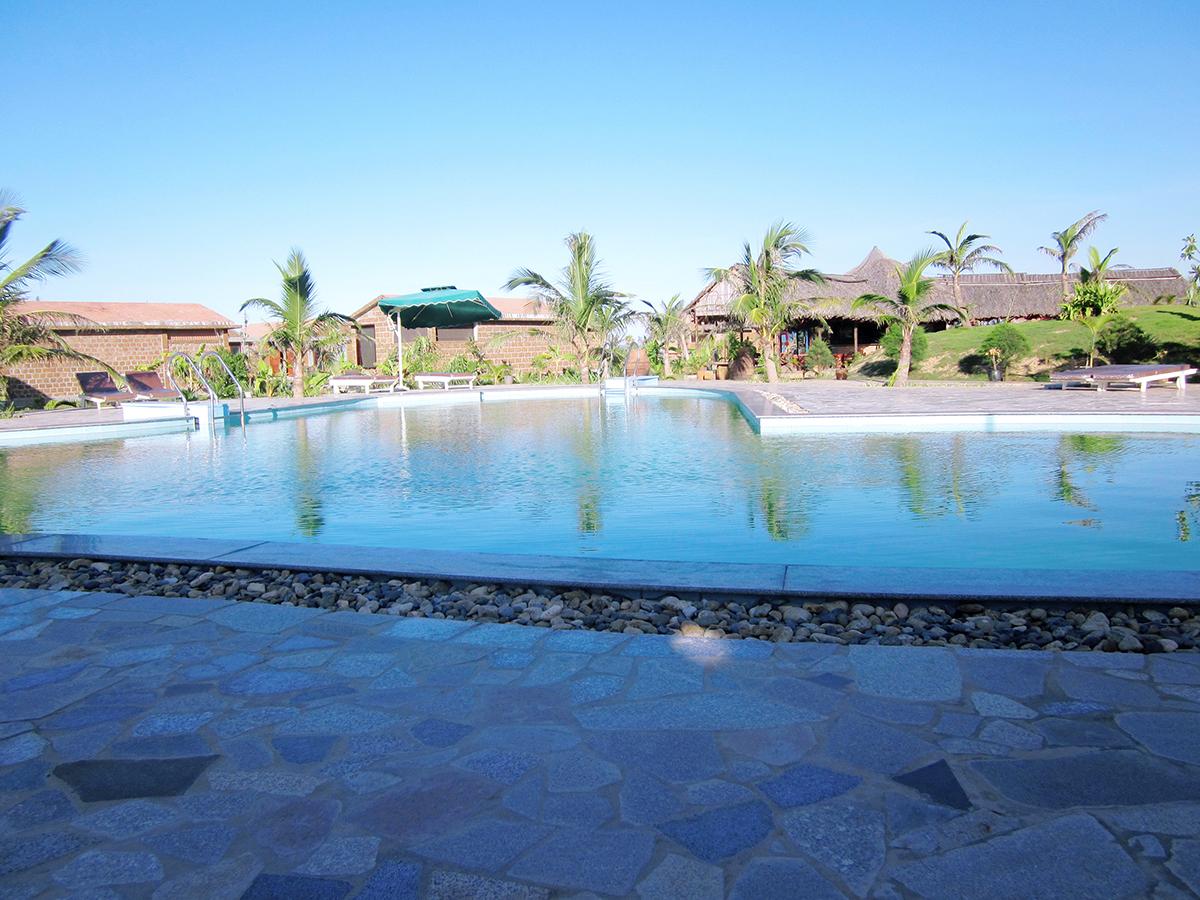 Vé máy bay Vietnam Airlines - Resort Chu Lai