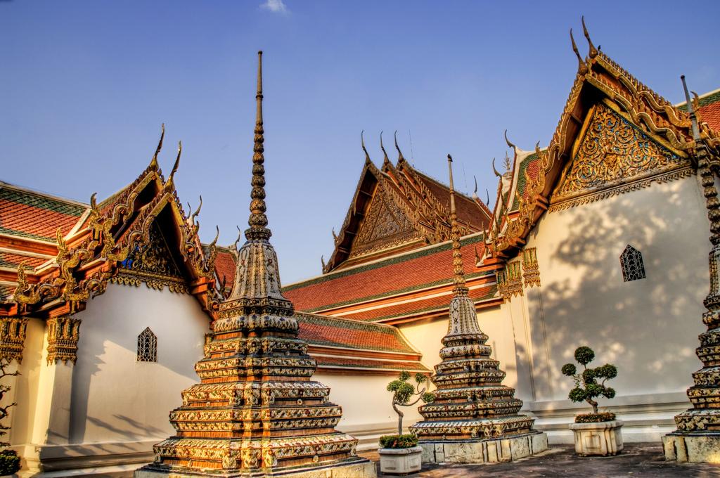 Vé máy bay Vietnam Airlines - Wat Pho