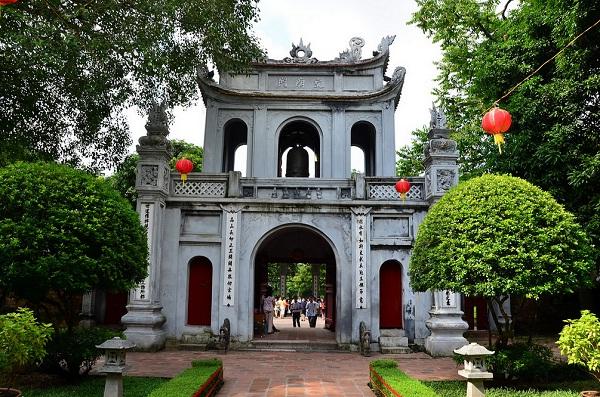 Vé máy bay Vietnam Airlines - Đến Văn Miếu – Quốc Tử Giám