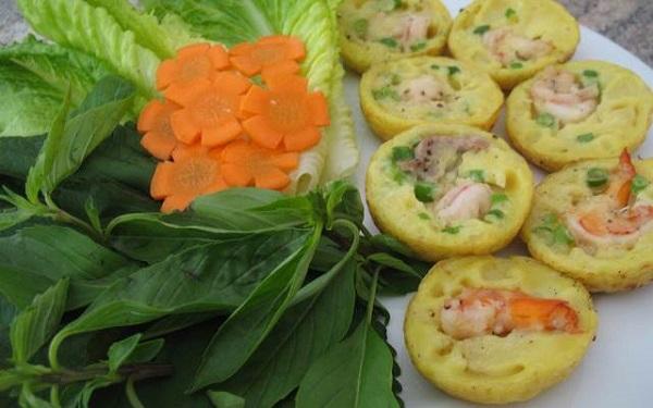 Vé máy bay đi Buôn Ma Thuột - Giòn giòn, thơm thơm bánh khọt Buôn Mê