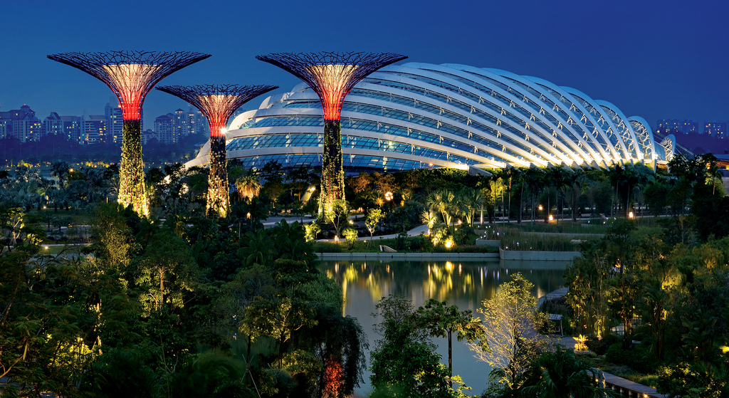 Vé máy bay Vietnam Airlines - Gardens by the Bay