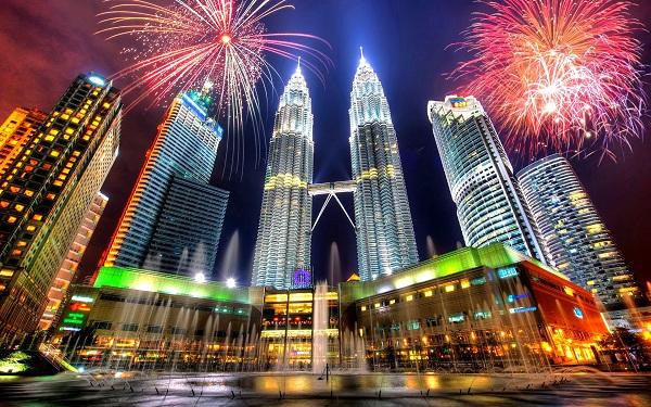 Du lịch bụi Malaysia tiết kiệm cùng vé rẻ Vietnam Airlines