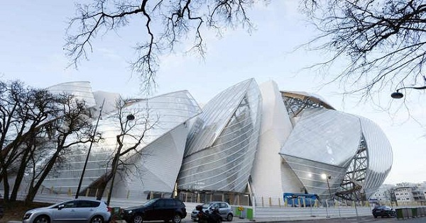 Tham quan Bảo tàng Nghệ thuật Louis