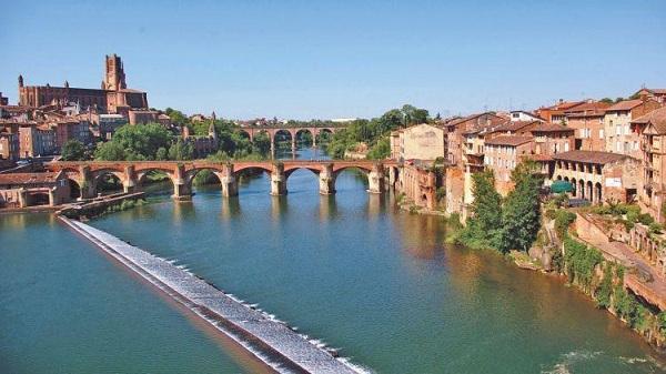 Dòng sông Garonne