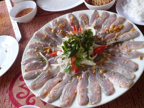 Vé máy bay Vietnam Airlines - Gỏi cá trích