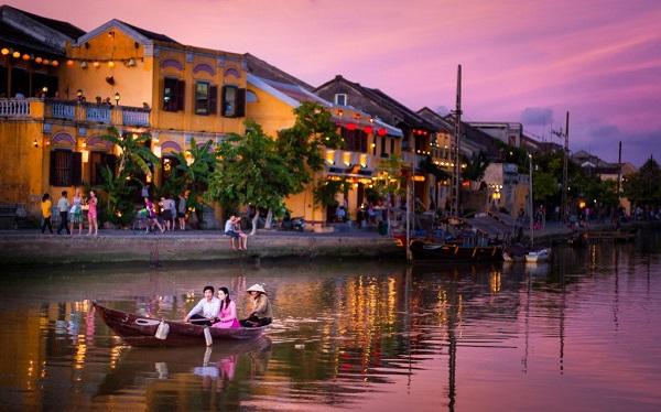 Vé máy bay đi Đà Nẵng - Kinh nghiệm du lịch Đà Nẵng
