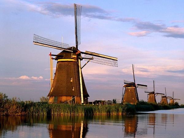 Làng cối xay gió Kinderdijk