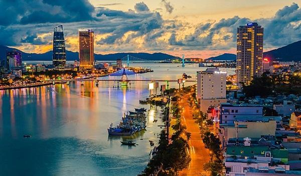 Vé máy bay đi Đà Nẵng - Thời gian thích hợp nhất du lịch Đà Nẵng
