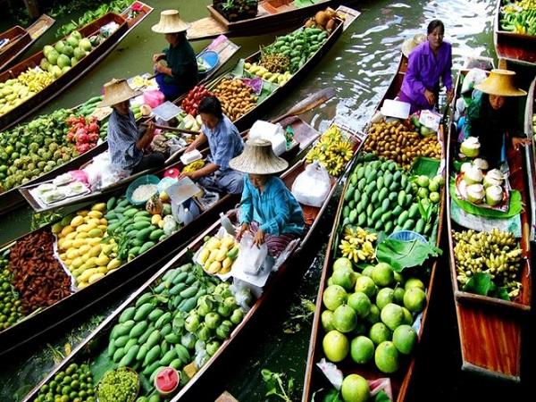 Trải nghiệm cuộc sống trên sông ở chợ nổi Cái Răng