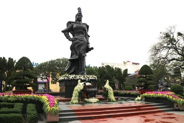 Vé máy bay đi Hải Phòng - Khung cảnh tại tượng đài Lê Chân