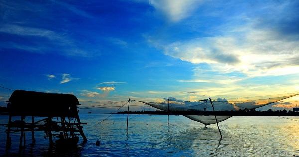 Khung cảnh thơ mộng tại biển Bảo Ninh