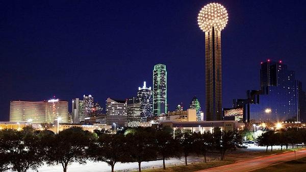 Dallas về đêm