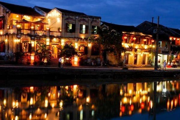 Vé máy bay đi Đà Nẵng - Cảnh đẹp du lịch Đà Nẵng