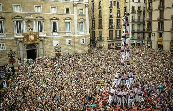Lễ hội xây tháp người La Merce ở Tây Ban Nha