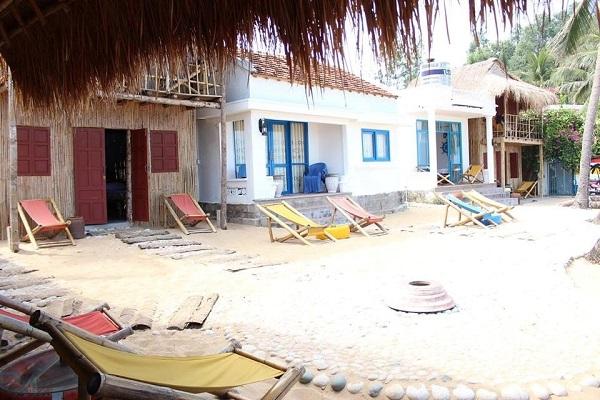 Vé máy bay đi Quy Nhơn - Life's A Beach