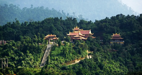 Vé máy bay di Đà Lạt - Tầm nhìn tuyệt đẹp từ núi Phượng Hoàng