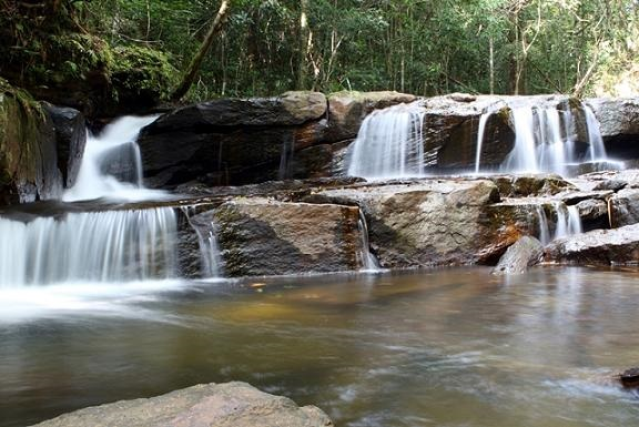 Vé máy bay đi phú Quốc - Cảnh đẹp hoang sơ ở các con suối Phú Quốc