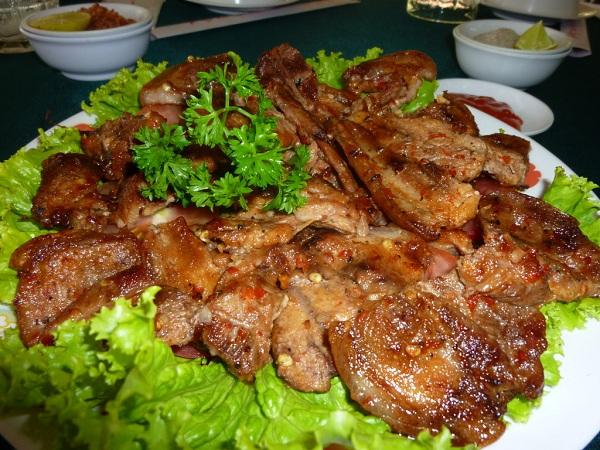 Thịt rừng nướng