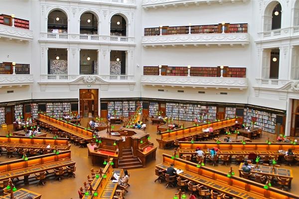 Thăm thư viện bang Victoria