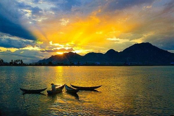Vé máy bay đi Quy Nhơn - Thành phố biển xinh đẹp Quy Nhơn