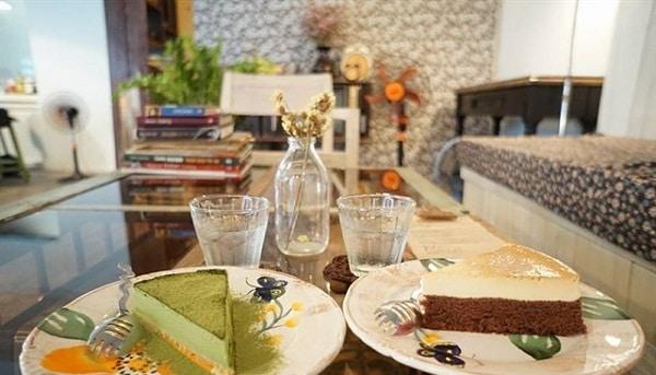 Vé máy bay đi Sài Gòn - Café Cakes & Ale