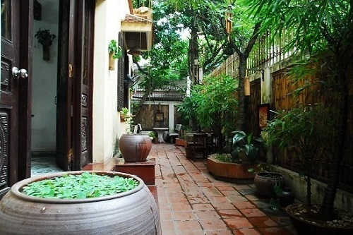Vé máy bay đi Hà Nội - Vẻ đẹp cổ kính giữa lòng thủ đô