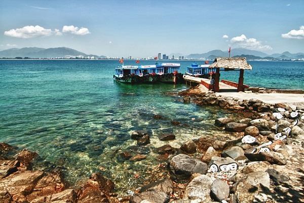 Vé máy bay đi Nha Trang - Những điểm đến hấp dẫn ở Nha Trang