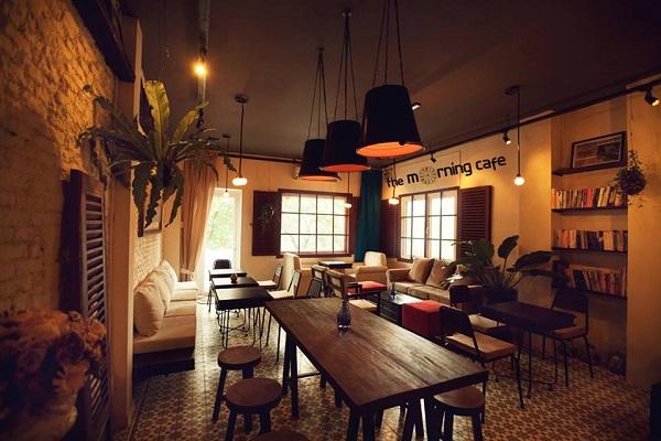 Vé máy bay đi Sài Gòn - Không gian đơn giản mà sang trọng ở The Morning café