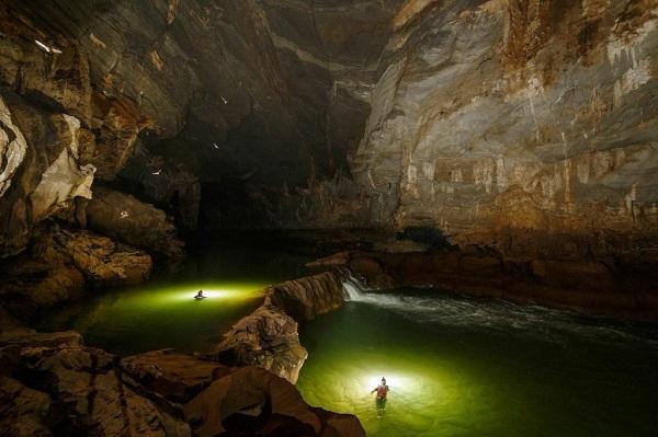 Chuyến du lịch đáng nhớ tại hang động Tú Làn, Quảng Bình