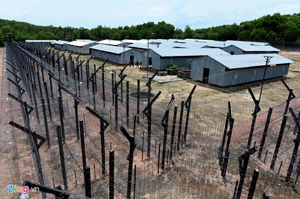 Vé máy bay đi Phú Quốc - Tham quan Nhà lao Cây Dừa (nhà tù Phú Quốc)