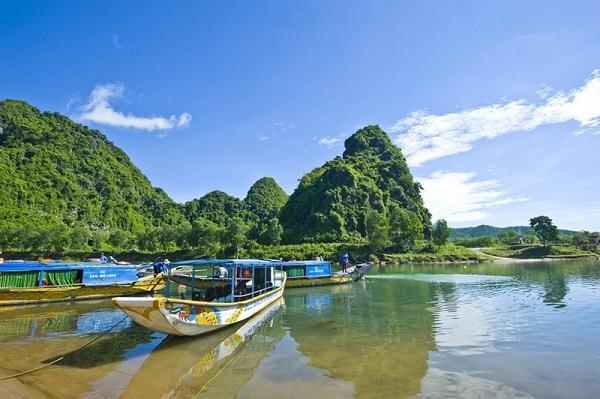 Quảng Bình – địa điểm cho những ai muốn khám phá vẻ đẹp thiên nhiên