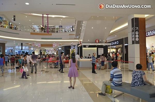 Vé máy bay đi Sài Gòn - Aeon Mall Tân Phú Celadon