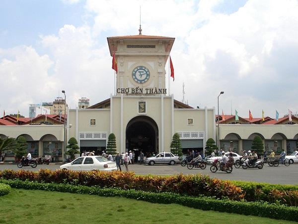Vé máy bay đi Sài Gòn - Chợ Bến Thành