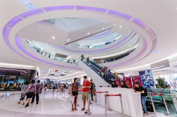 Vé máy bay đi Sài Gòn - Crescent Mall điểm đến hấp dẫn của giới trẻ