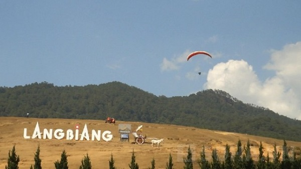 Vé máy bay đi Đà Lạt - Vẻ đẹp thiên nhiên thơ mộng LangBiang