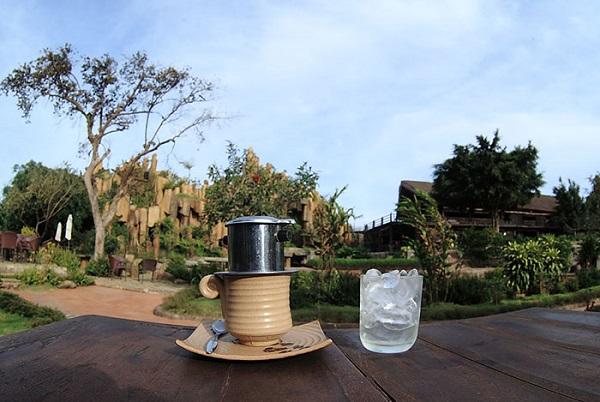 Vé máy bay đi Buôn Ma Thuột - Thưởng thức Cafe ngay tại xứ sở café