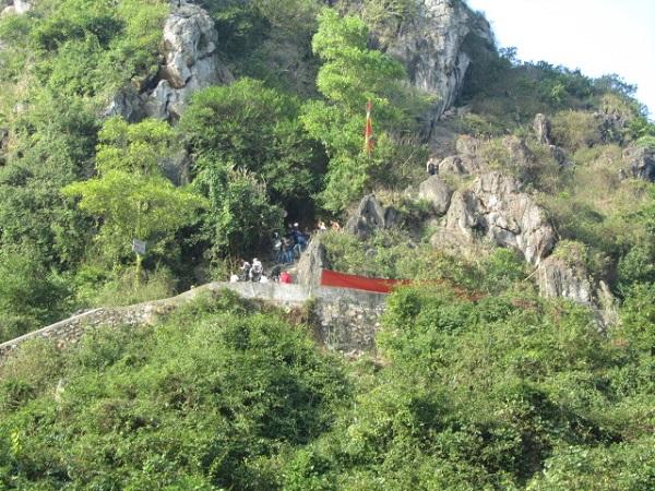 Vé máy bay đi Hải Phòng - Khám phá Núi Voi