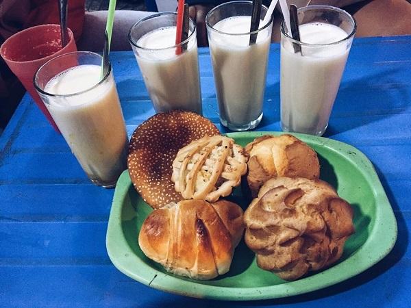 Vé máy bay đi Đà Lạt - Sữa bò béo ngậy lẫn hương thơm sữa đậu