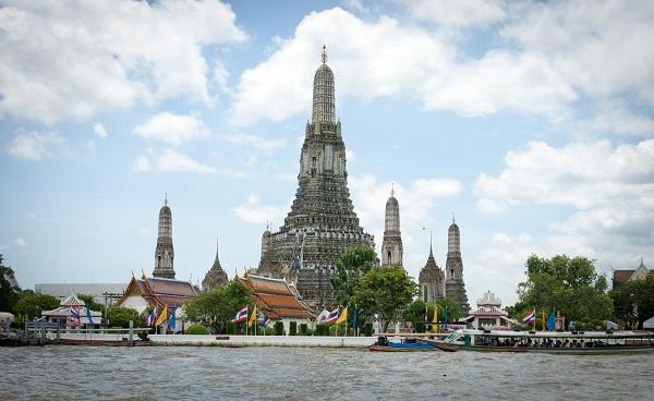 Những địa điểm du lịch hấp dẫn bạn nên đến khi tham quan Thái Lan