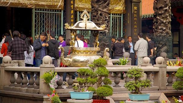 Khám phá những ngôi chùa đẹp nhất tại Đài Bắc