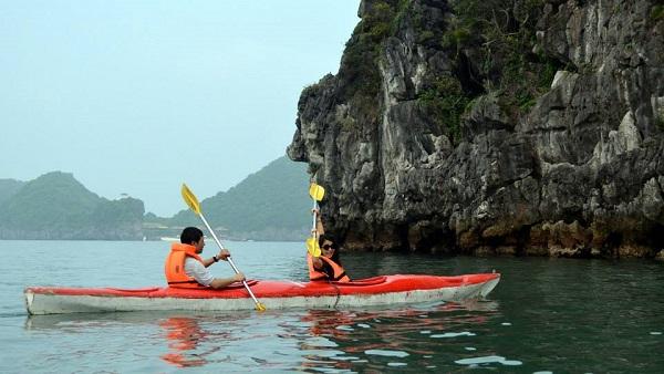 Vé máy bay đi Hải Phòng - Trải nghiệm chèo kayak