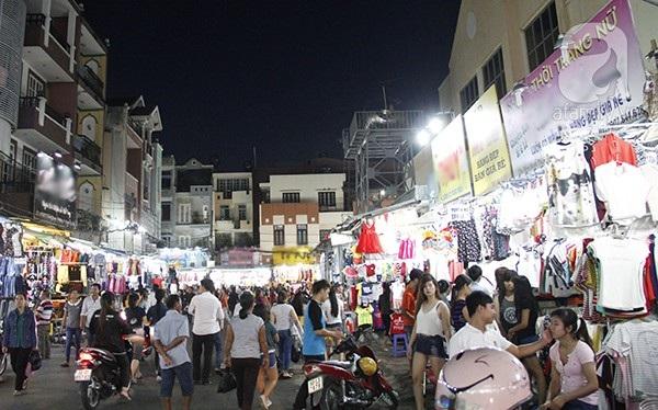 Vé máy bay đi Sài Gòn - Chợ Hạnh Thông Tây