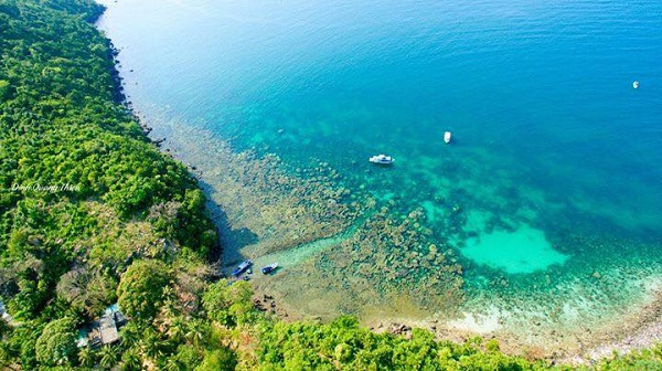 Vé máy bay đi Phú Quốc - Đắm mình tận hưởng sự thanh bình của thiên nhiên ở Hòn Mây Rút